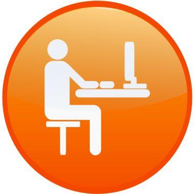 Weiterbildung_Person am Laptop380
